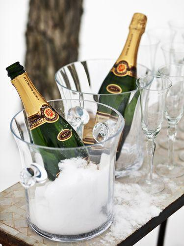 <p>Don't throw away sparkling wine or champagne that's gone flat. Restore the bubbles by dropping a raisin or two into the bottle. The natural sugars will work magic.</p>