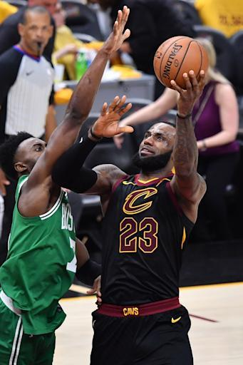 CLEVELAND, OH - MAY 21: LeBron James #23 of the Cleveland Cavaliers controls the ball against the Boston Celtics during Game Four of the 2018 NBA Eastern Conference Finals on May 21, 2018 at Quicken Loans Arena in Cleveland, Ohio. (Photo by Jamie Sabau/Getty Images)