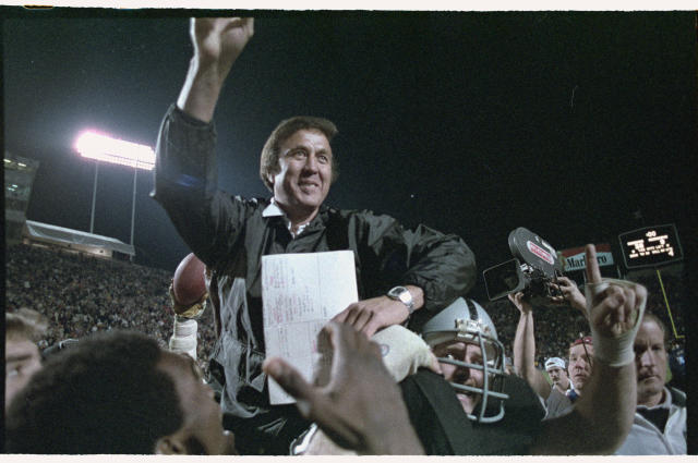 Two Congressmen introduced a resolution urging that Tom Flores be inducted in the Pro Football Hall of Fame. (Getty Images)