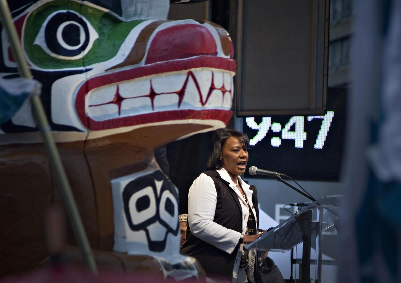 Bernice King, daughter of Martin Luther King Jr addresses people attending a First Nations' Truth and Reconciliation gathering and march in Vancouver, British Columbia September 22, 2013. First Nations people, many survivors of the abuse at former Canadian Government Indian Residential Schools, have been meeting for the past week. REUTERS/Andy Clark (CANADA - Tags: SOCIETY POLITICS)