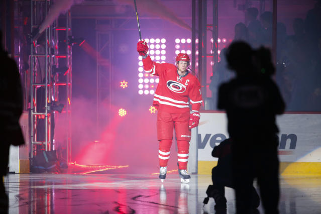 Puck Daddy Power Rankings: Trading Eric Staal, Montreal fans and big surprises