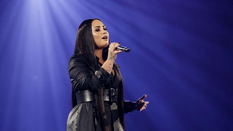 Demi Lovato Goes Blonde Following Relapse Admission