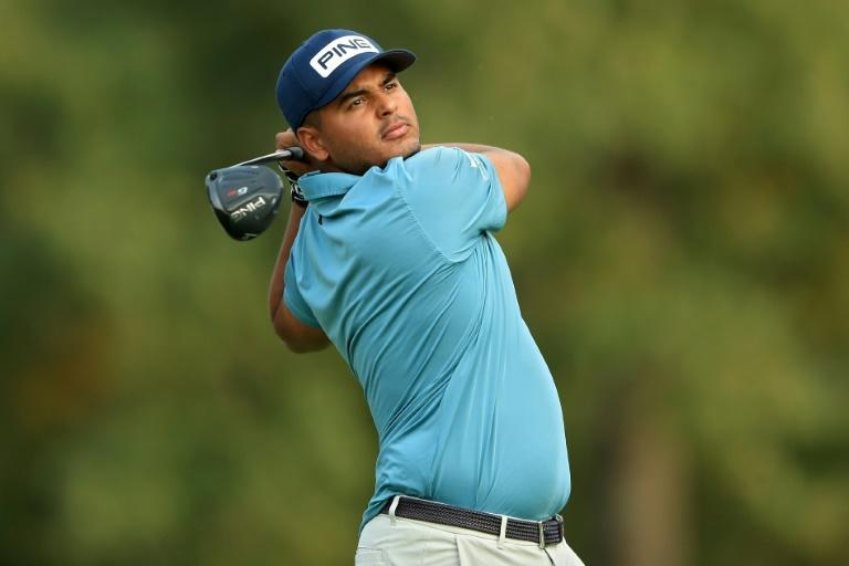 Defending champion Sebastian Munoz of Colombia fired an eight-under par 64 to grab a share of the lead after Thursday's opening round of the US PGA Tour Sanderson Farms Championship