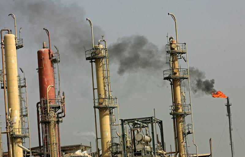 Rocket hit a foreign oil company headquarters in Iraq's Basra, Oil unfazed