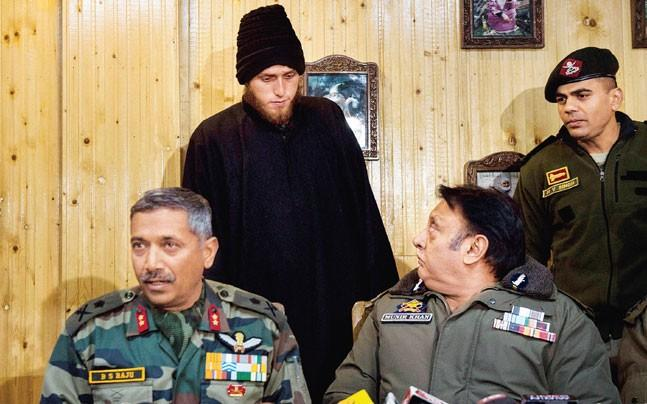 <p>Security forces in Kashmir have decided not to press charges against  Majid Arshid, a footballer who joined the Lashkar-e-Taiba last week but  surrendered after emotional appeals from his mother. </p>