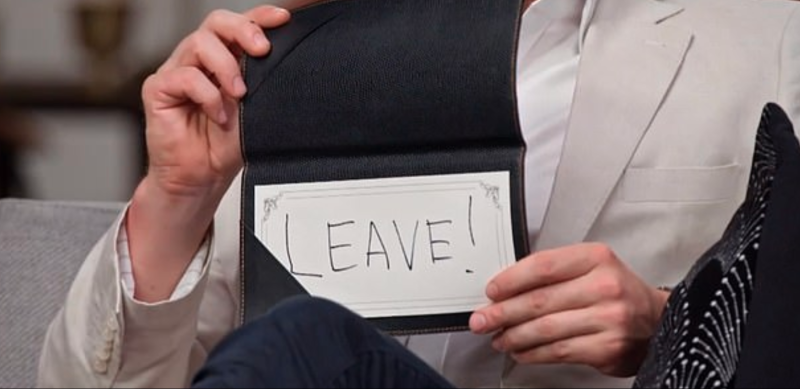 The couple both wrote 'leave' on their cards last night. Photo: Channel Nine