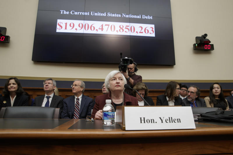 Yellen defends Fed independence, banking regulations