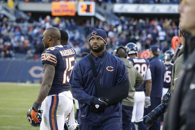Chicago Bears linebacker Lance Briggs (55) walks on the sidelines during the second half of an NFL football game against the Detroit Lions, Sunday, Nov. 10, 2013, in Chicago. (AP Photo/Nam Y. Huh)