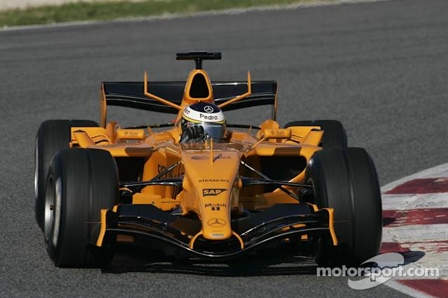 "McLaren MP4-21 (2006, solo test) <span class=""copyright"">McLaren </span>"
