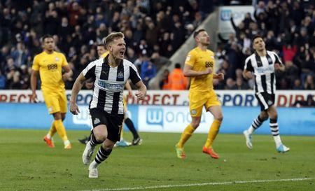 Britain Football Soccer - Newcastle United v Preston North End - Sky Bet Championship - St James' Park - 24/4/17 Newcastle's Matt Ritchie celebrates scoring their third goal  Mandatory Credit: Action Images / Lee Smith