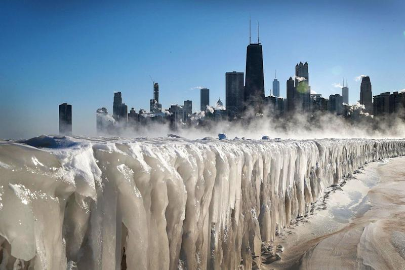 A frozen Lake Michigan in front of the Chicago skyline