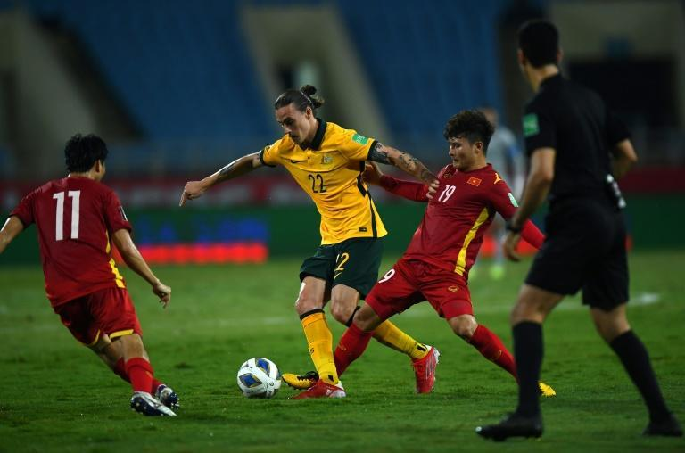 The victory leaves the Socceroos on two wins from two in Group B (AFP/Manan VATSYAYANA)