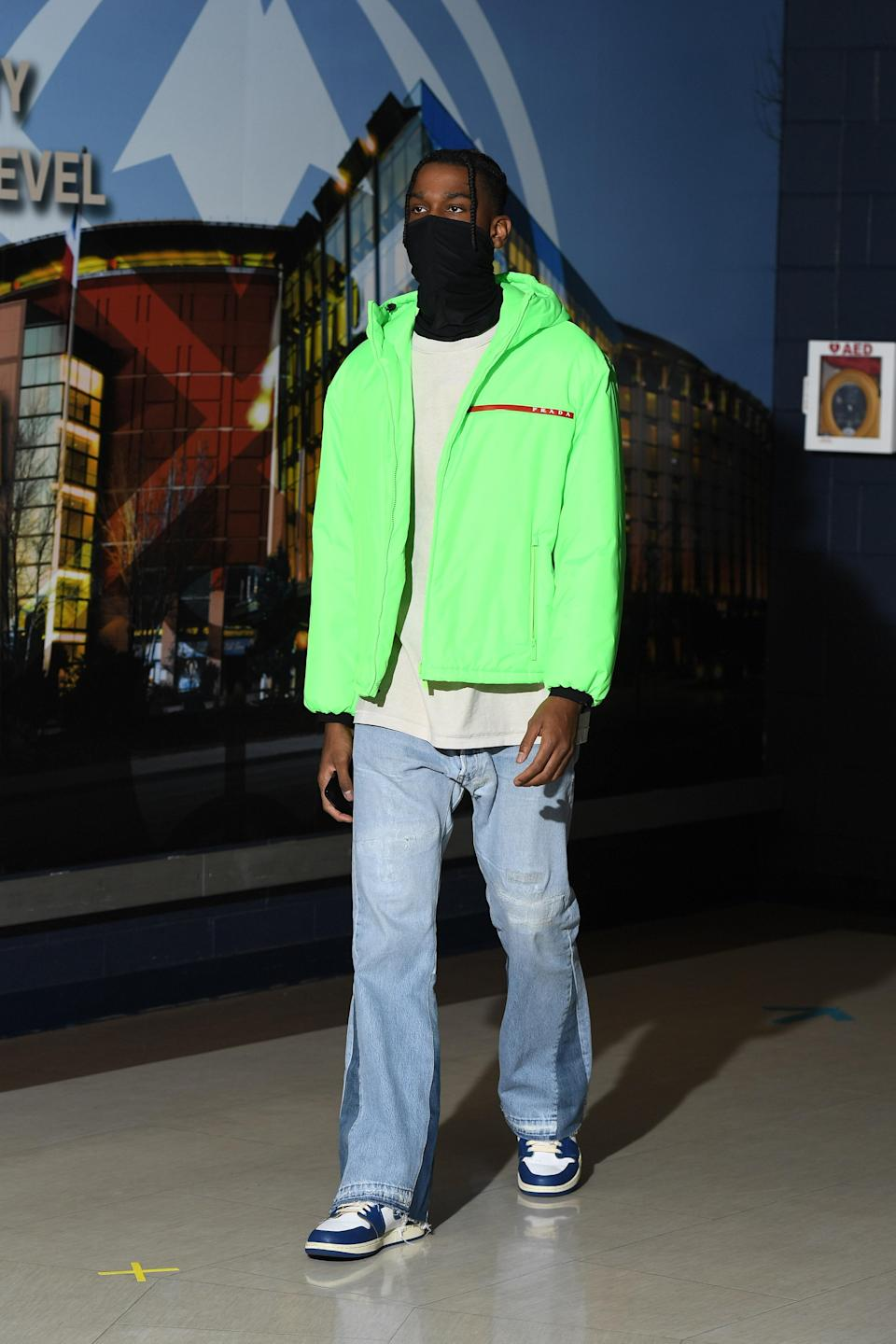 Shai Gilgeous-Alexander of the Oklahoma City Thunder arrives for a game against the Nuggets in Denver, January 19, 2021.