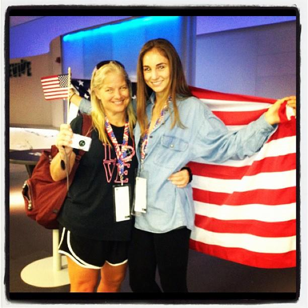 #USA fans Remi and Charann Claire before the women's team #gymnastics final.