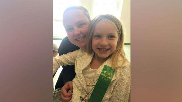 PHOTO: Samantha Whiting poses with her 10-year-old daughter Haylee Whiting. (Courtesy Samantha Whiting )