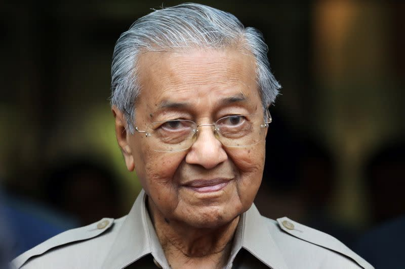 Malaysia's Mahathir says to be PM candidate for former ruling coalition