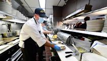 Los Angeles restaurants wanting to land a qualified worker increasingly have to stand out from the crowd