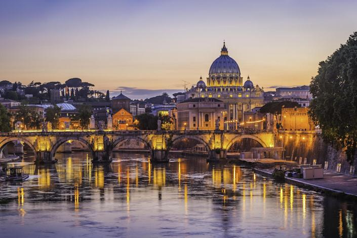 Sunset over St Peter's Basilica: iStock