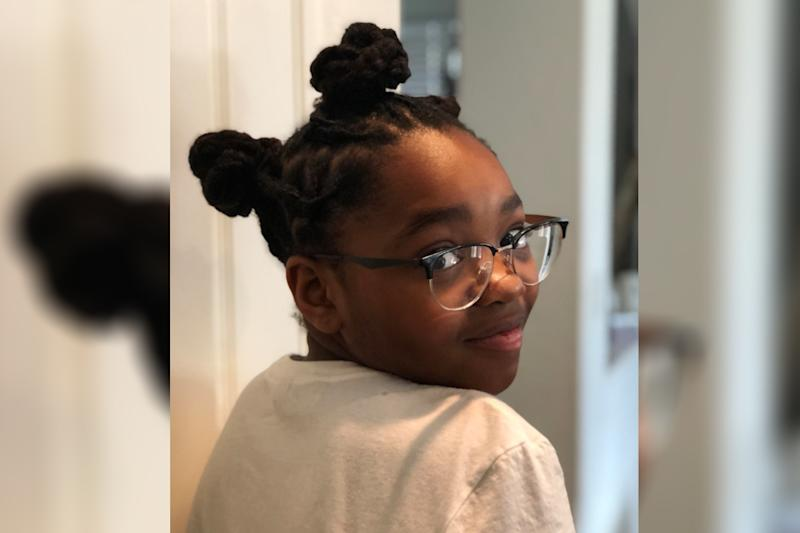 Trinity, an 11-year-old with locs, isn't letting bullies stop her from loving her natural hair. (Photo: Twitter/Toshia_Shaw)