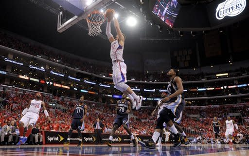 Los Angeles Clippers forward Blake Griffin dunks against the Memphis Grizzlies during the first half of a NBA first-round playoff basketball game in Los Angeles, Monday, May 7, 2012. (AP Photo/Chris Carlson)