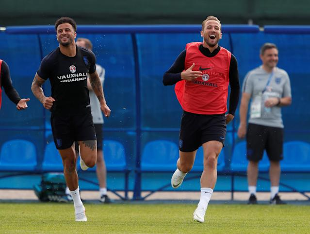 Soccer Football - World Cup - England Training - England Training Camp, Saint Petersburg, Russia - June 17, 2018 England's Kyle Walker and Harry Kane during training REUTERS/Lee Smith