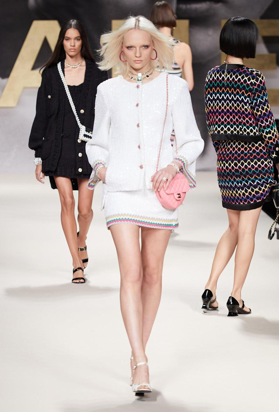 <p>The accessories are becoming increasingly exceptional as the show progresses.</p>