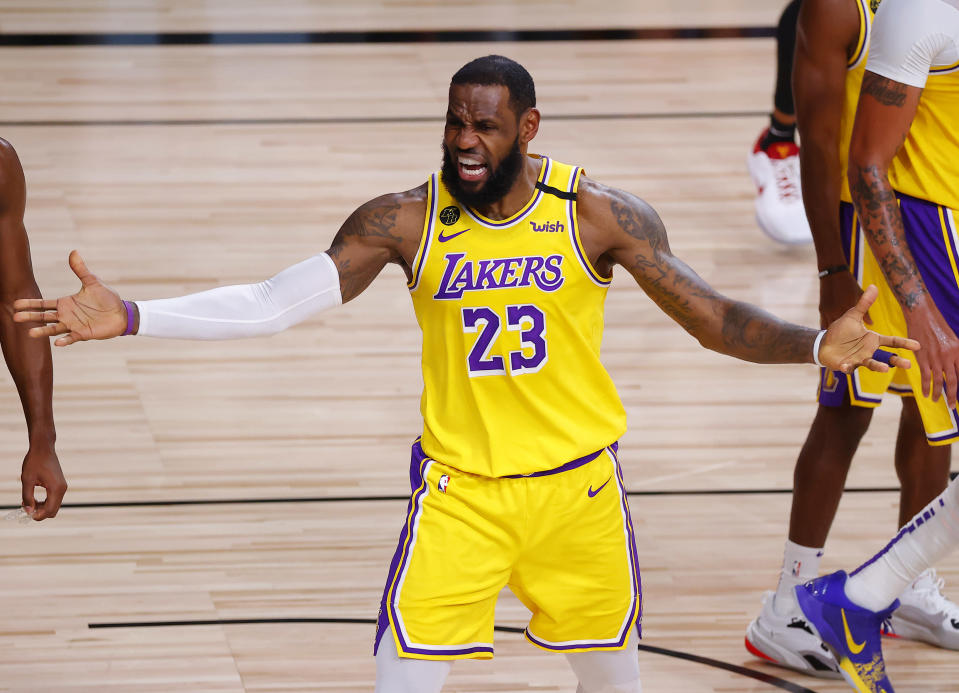"""<a class=""""link rapid-noclick-resp"""" href=""""/nba/players/3704/"""" data-ylk=""""slk:LeBron James"""">LeBron James</a> came through when it mattered for the <a class=""""link rapid-noclick-resp"""" href=""""/nba/teams/la-lakers/"""" data-ylk=""""slk:Los Angeles Lakers"""">Los Angeles Lakers</a> in Game 4. (Kevin C. Cox/Getty Images)"""