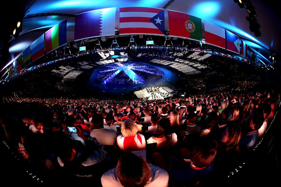 A general view of the performance during the Closing Ceremony on Day 16 of the London 2012 Olympic Games at Olympic Stadium on August 12, 2012 in London, England. (Photo by Feng Li/Getty Images)