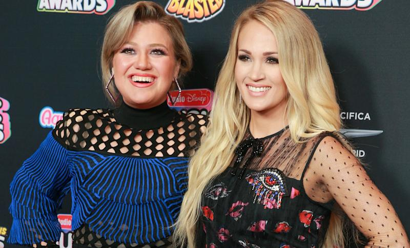 Kelly Clarkson's Response to Rumors She's Feuding With Carrie Underwood Is So Perfect