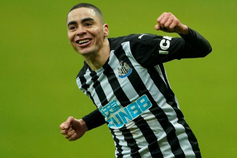 Miguel Almiron scored twice as nine-man Newcastle held on to beat Southampton 3-2