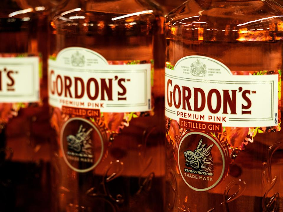 "<h1 class=""title"">Gordons Premium Pink distilled gin seen in the store</h1><cite class=""credit"">SOPA Images</cite>"