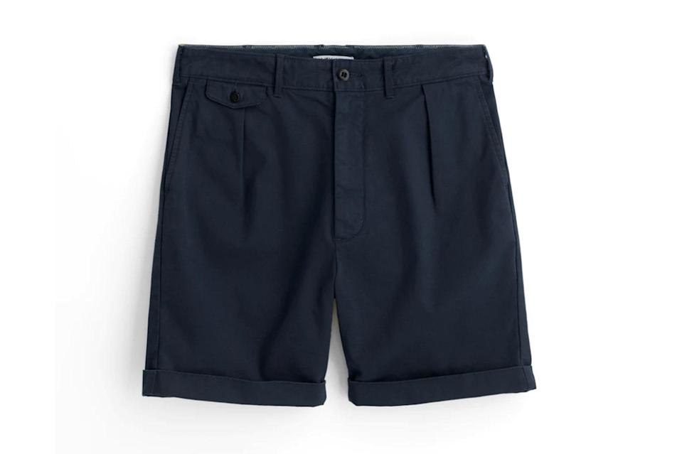 """$88, Alex Mill. <a href=""""https://www.alexmill.com/collections/unexpected-sale-mens/products/pleated-chino-shorts-in-navy"""" rel=""""nofollow noopener"""" target=""""_blank"""" data-ylk=""""slk:Get it now!"""" class=""""link rapid-noclick-resp"""">Get it now!</a>"""