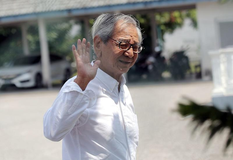 Tan Sri Koon Yew Yin arrives at the Jelapang Police Station in Ipoh August 19, 2019. — Picture by Farhan Najib
