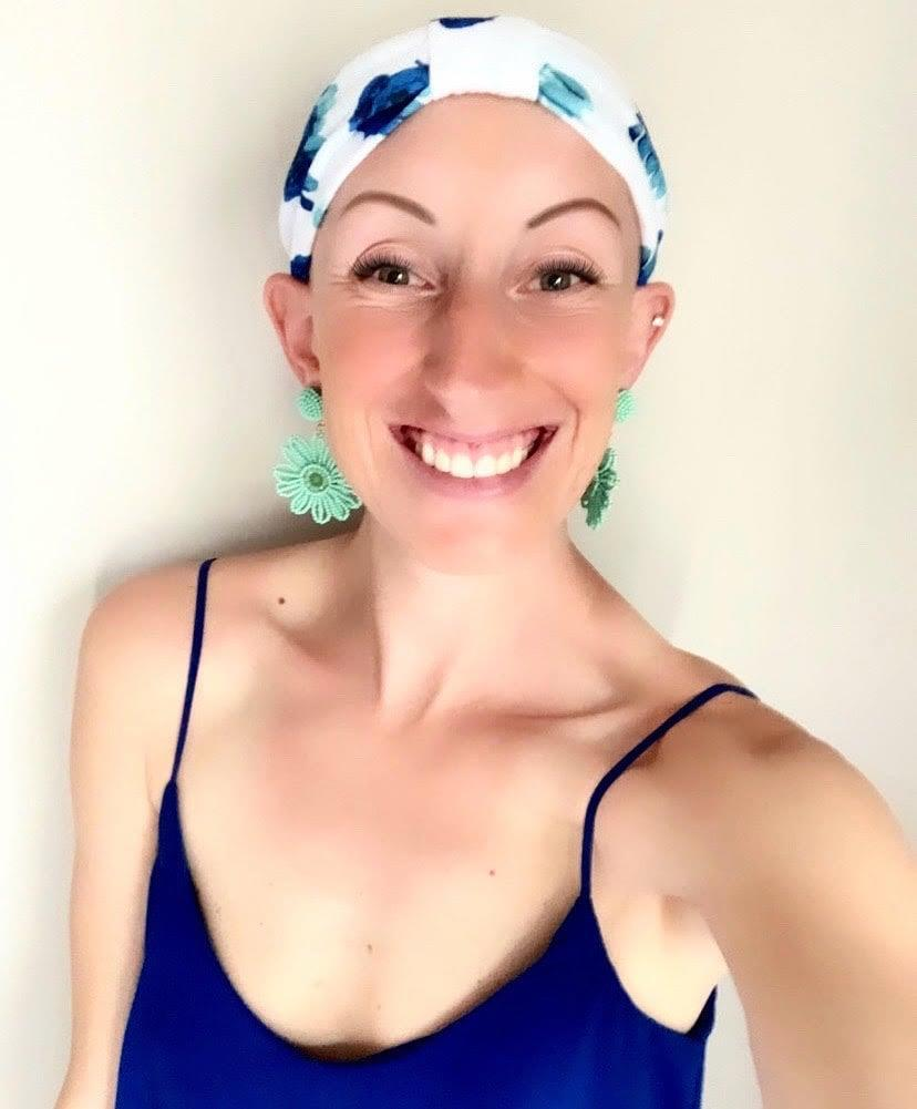 <p>I used to wear thick headbands with wigs - strategically placed to cover up the space between my head and the wig - but now, I wear them solo. And TBH, they look just as cute!</p>