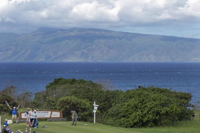 Kevin Streelman tees off on the 10th tee box during the second round of the Tournament of Champions golf tournament, Saturday, Jan. 4, 2014, in Kapalua, Hawaii. (AP Photo/Marco Garcia)
