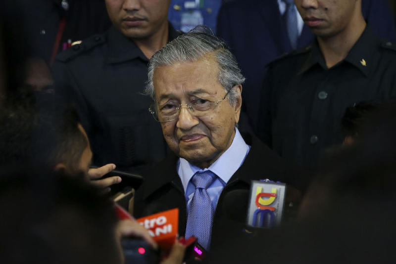 Prime Minister Tun Dr Mahathir Mohamad said that if it is not possible to terminate the dubious projects, then he will seek to at least postpone them until Malaysia's finances improve or the need for these infrastructure undertakings arises. — Picture by Yusof Mat Isa
