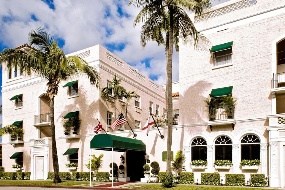 """<p>Just steps from the ultra-chic Worth Avenue in Palm Beach lies<a href=""""https://go.redirectingat.com?id=74968X1596630&url=https%3A%2F%2Fchesterfieldpb.com%2F&sref=https%3A%2F%2Fwww.redbookmag.com%2Flife%2Fg37212467%2Fbest-florida-resorts%2F"""" rel=""""nofollow noopener"""" target=""""_blank"""" data-ylk=""""slk:the Chesterfield"""" class=""""link rapid-noclick-resp""""> the Chesterfield</a>, a charming 1920s hotel full of old-world glamour, British sensibility, and coastal elegance. Enjoy cocktails in the iconic Leopard Lounge, uniquely appointed rooms and suites, traditional afternoon tea, and a sun-drenched courtyard pool. Plus, you're just moments away from some of the world's best beaches and shopping. What's not to love?</p>"""