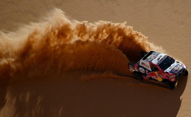 Al-Attiyah stirring up a sand storm in Tuesday's third stage