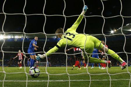 Britain Football Soccer - Leicester City v Sunderland - Premier League - King Power Stadium - 4/4/17 Leicester City's Islam Slimani scores their first goal Action Images via Reuters / Andrew Boyers Livepic