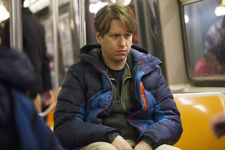 Pete Holmes as a struggling comic in <em>Crashing</em>. (Photo: HBO)