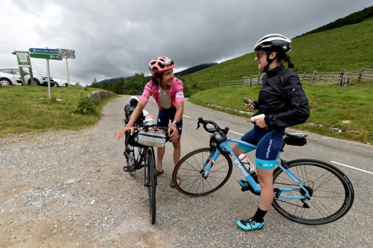 With a well-wisher at the Col-de-Port pass on Day 13 of his Alt Tour.