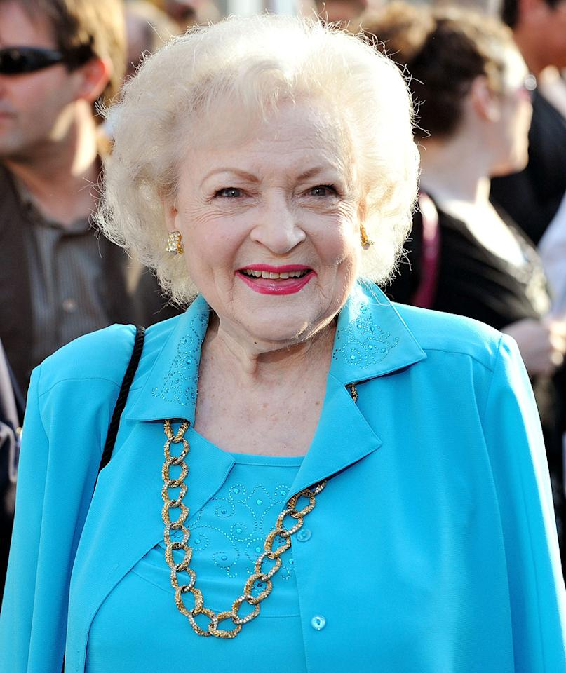 """<a href=""""http://movies.yahoo.com/movie/contributor/1800022900"""">Betty White</a> at the Los Angeles premiere of <a href=""""http://movies.yahoo.com/movie/1810012112/info"""">The Proposal</a> - 06/01/2009"""