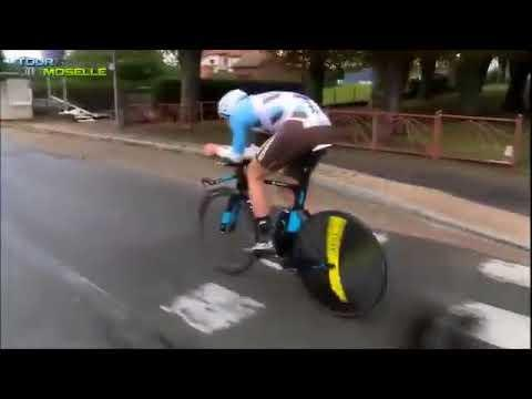 <p>French racer Maxime Roger was having a normal time trial at the Tour de Moselle when his handlebar slipped and sent him sailing and skidding. </p><p><span>See the original post on Youtube</span></p>