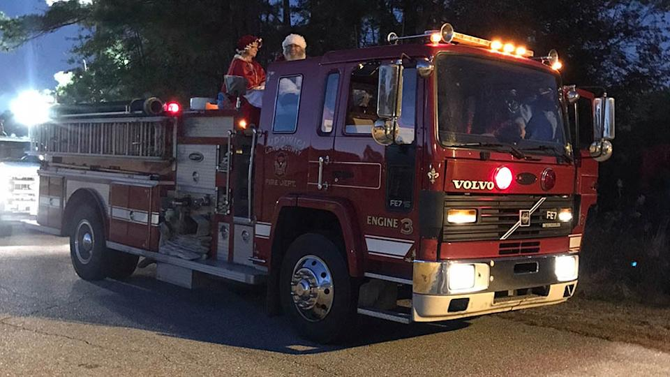 Santa and Mrs Claus tested positive for Covid-19 following a Christmas parade in Georgia. Source: Facebook/Long County Fire Department
