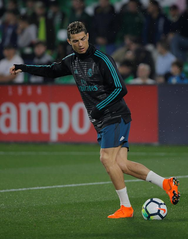 Soccer Football - La Liga Santander - Real Betis vs Real Madrid - Estadio Benito Villamarin, Seville, Spain - February 18, 2018 Real Madrid's Cristiano Ronaldo warms up before the game REUTERS/Jon Nazca