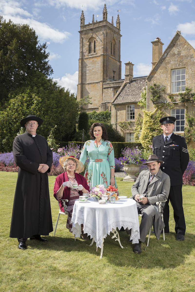 Picture shows_Father Brown (MARK WILLIAMS), Mrs McCarthy (SORCHA CUSACK), Bunty (EMER KENNY), Inspector Mallory (JACK DEAM), Sgt Goodfellow (JOHN BURTON)