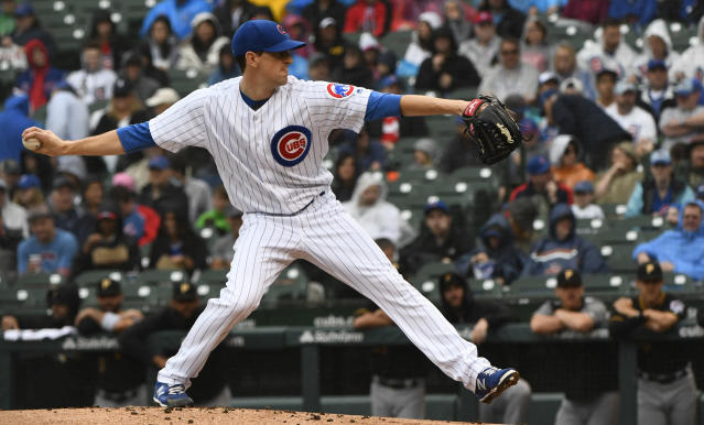 Chicago Cubs starting pitcher Kyle Hendricks delivers during the first inning of a baseball game against the Pittsburgh Pirates, Sunday, June 10, 2018, in Chicago. (AP Photo/Matt Marton)