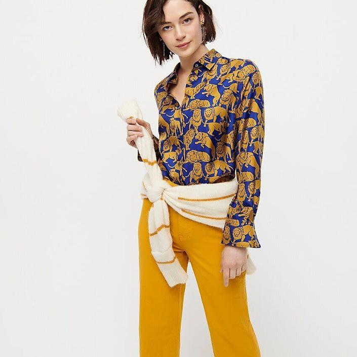 """This top comes in sizes 00 to 22.&nbsp;<a href=""""https://fave.co/38hKY0n"""" rel=""""nofollow noopener"""" target=""""_blank"""" data-ylk=""""slk:Find it at J.Crew at $128"""" class=""""link rapid-noclick-resp"""">Find it at J.Crew at $128</a>."""