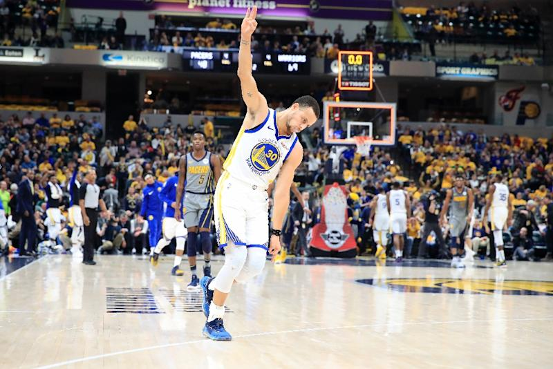 Defending champ Booker up against Curry brothers, Dirk in ...