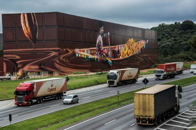 View of the biggest mural in the world with 5,742 square meters, by Brazilian mural artist Eduardo Kobra, in Itapevi, metropolitan area of Sao Paulo, Brazil on April 12, 2017